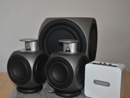 using sonos with b o beolab speakers is easy sounds heavenly. Black Bedroom Furniture Sets. Home Design Ideas